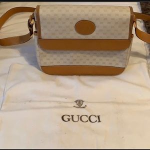 Authentic Vintage Gucci Shoulder/Crossbody Bag